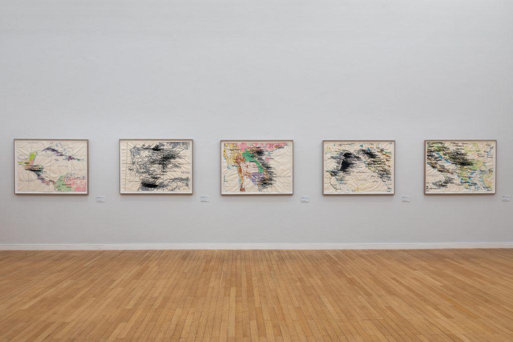 Cristina Lucas. Maschine im Stillstand. Ausstellungsansicht, 2021