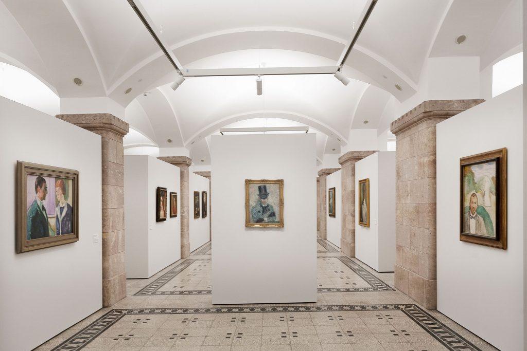 Ansicht der Sammlungspräsentation »Eine neue Zeit der Bilder. Highlights der klassischen Moderne«, 2019–2020, Foto: Kunstsammlungen Chemnitz/László Tóth