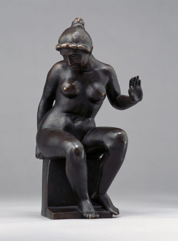 Aristide Maillol (1861–1944), Baigneuse assise, um 1905/Guss 1914–1927, Bronze, 28,5 x 14,8 x 13,2 cm, Kunstsammlungen Chemnitz, Foto: bpk/Kunstsammlungen Chemnitz/PUNCTUM/Bertram Kober