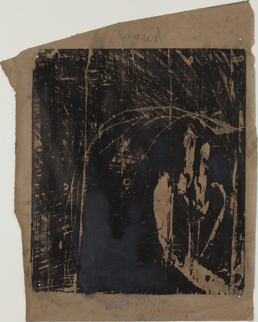 Carsten Nicolai (*1965), Hand, 1990, Holzschnitt auf unregelmäßig gerissenem braunen Papier, 56 x 45 cm, Kunstsammlungen Chemnitz, Foto: Kunstsammlungen Chemnitz/László Tóth © VG Bild-Kunst, Bonn 2020